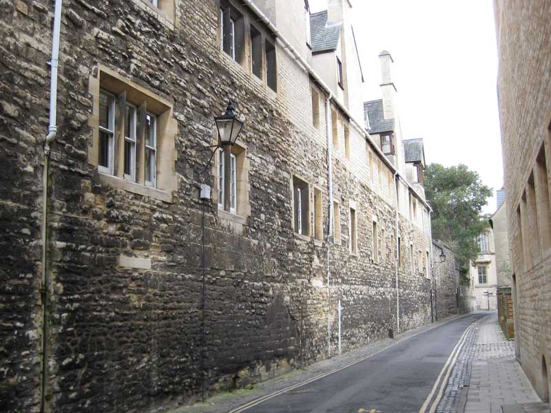 Pembroke College wall