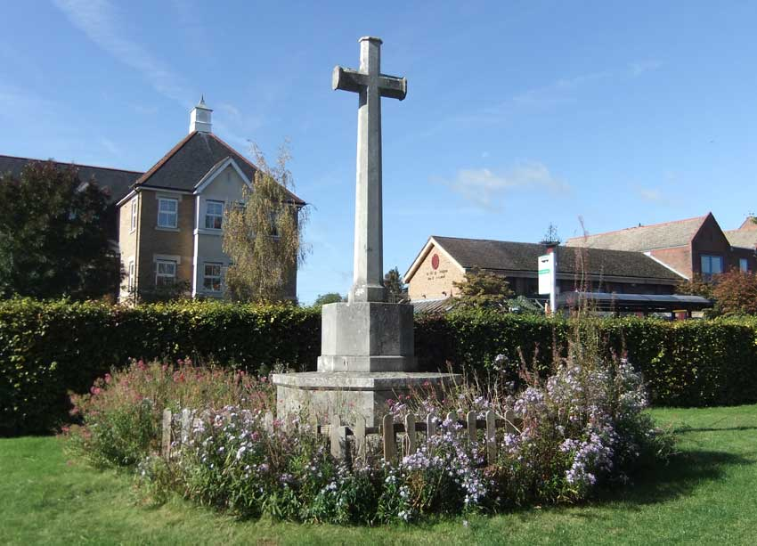Summertown war memorial from the back